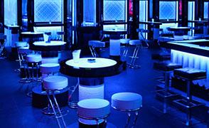 high_table_white_croco_2.thumb